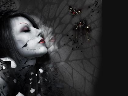broken-mirror-girl